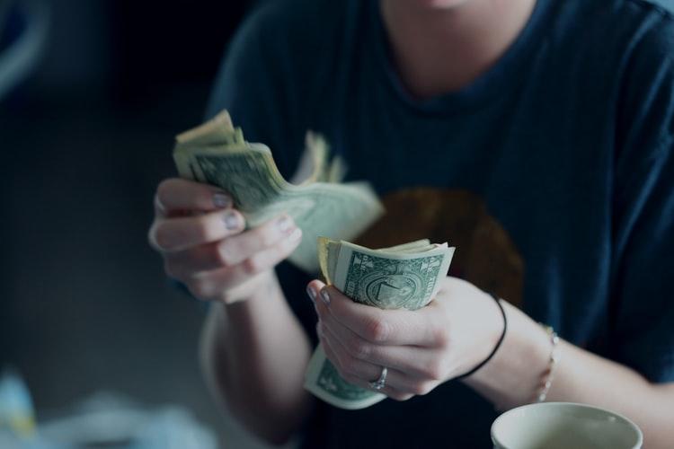 Cum să câștigi bani online? Ești gata să-ți începi cariera de freelancer?