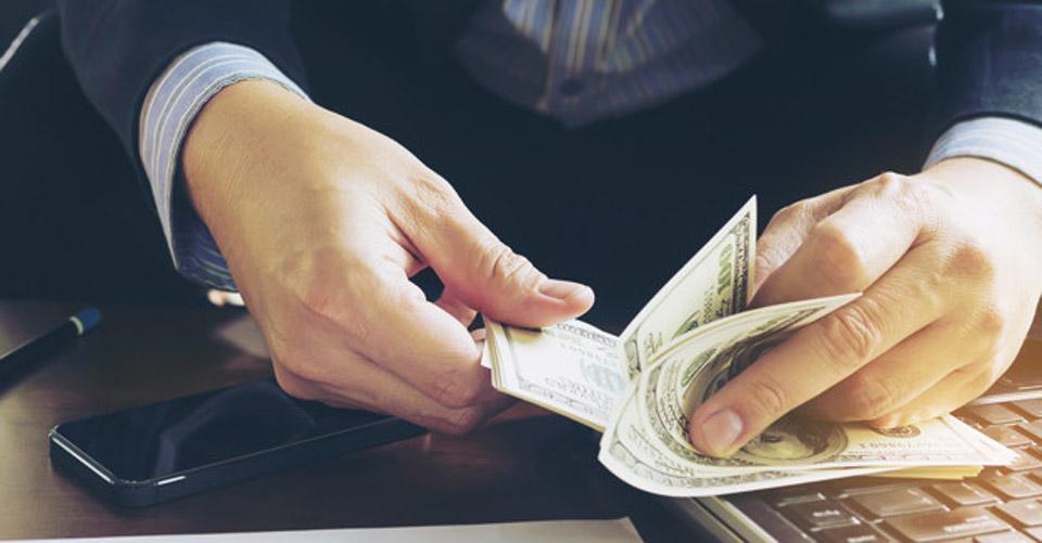 cum să faci bani astăzi și să faci o carieră opțiuni scurte fără investiție