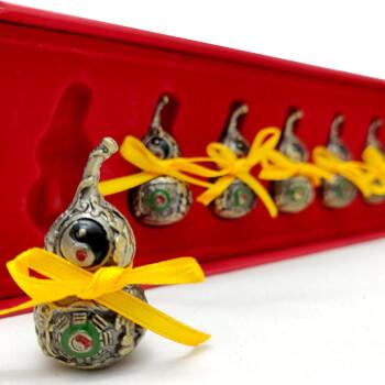 Set amulete sanatate pentru protectia de boli, 6 Wu Lou tartacuta feng shui metal auriu, cutie 210 mm