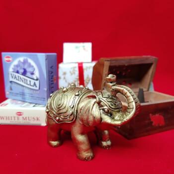 Elefant cu trompa in sus, Cufar lemn cu suport ardere conuri parfumate cu insertie metalica si 2 pachete conuri parfumate din vanilie si mosc, cadouri cu simbol si minifelicitare