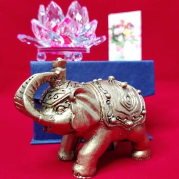 Cadou Elefant cu trompa in sus si Lotus roz cristal, simbol pentru dragoste, noroc si longevitate, cadouri impachetate cu minifelicitare