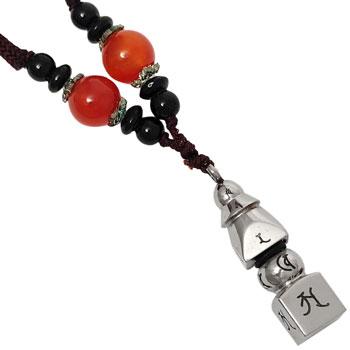Talisman norocos pagoda, colier cu bijuterie feng shui protectie ghinion argintie si snur negru cu bile